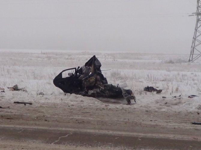 На трассе «Сибирь» в ДТП с фурой погибли три человека (4).jpg
