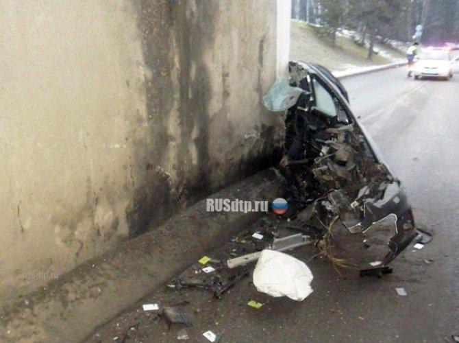 Водитель погиб, врезавшись в опору моста в Домодедовском районе (4).jpg