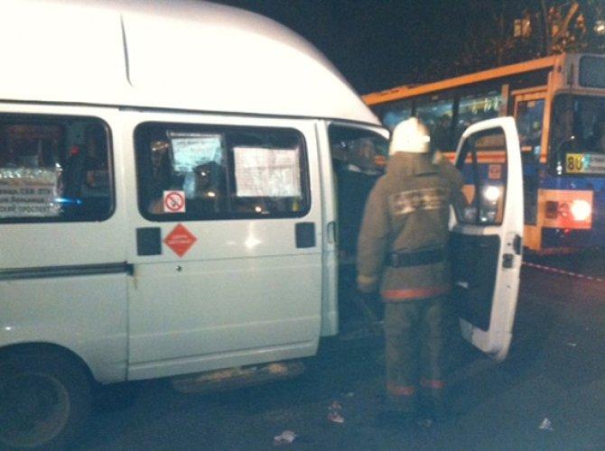 В Воронеже в ДТП с автобусом пострадали пять человек 3.jpg