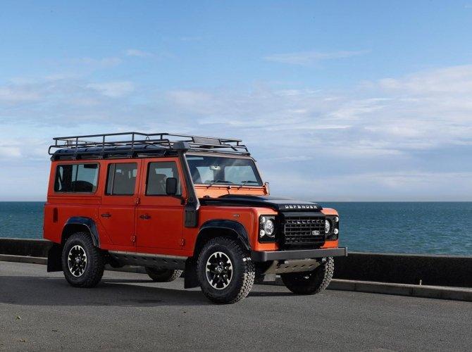 Land Rover Defender (5).jpg