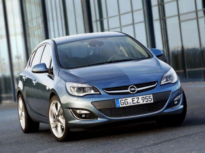 Opel Astra J.jpg