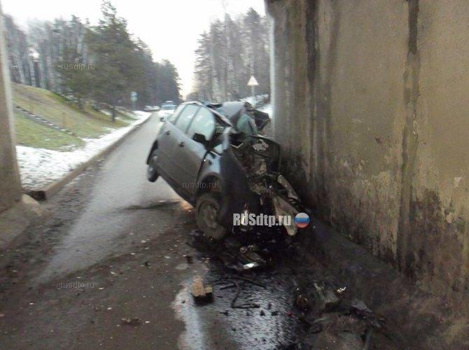 Водитель погиб, врезавшись в опору моста в Домодедовском районе (3).jpg