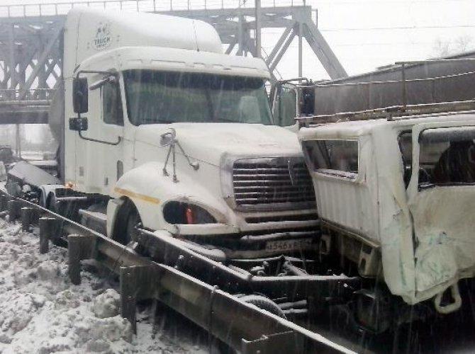 В ДТП на Бердском шоссе погиб человек (4).jpg