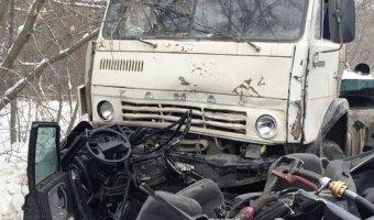 Три человека погибли в ДТП с КАМАЗом в Томске