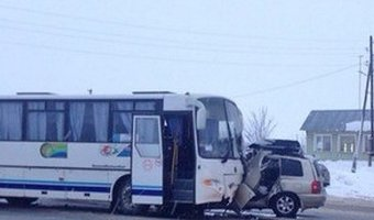 В ДТП с автобусом под Новосибирском погиб человек