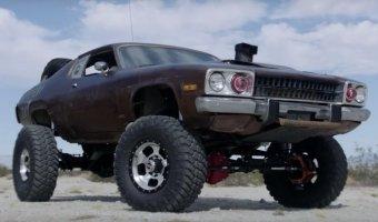 Совсем сошел с ума! Рукотворный автомобиль Mad Maxxis.