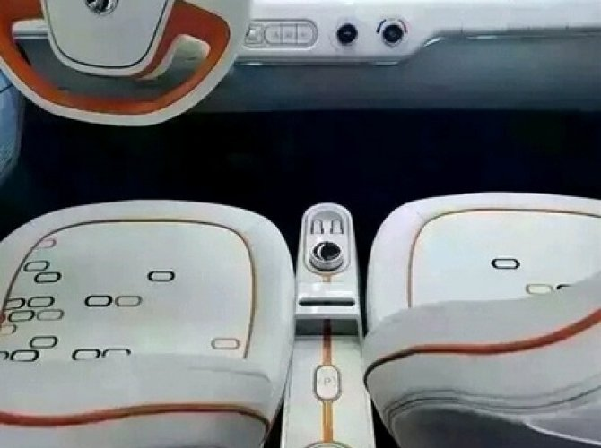 Появились шпионские снимки электромобиля Baojun E100 (1).jpg