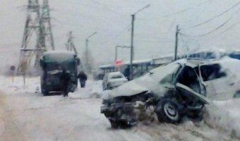 В Тихвине в ДТП погиб водитель Ford