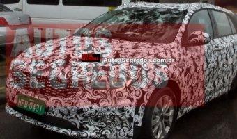 Обновленный Fiat Tipo заснят на тестах