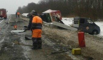 В Смоленской области МАЗ сбил дорожных рабочих: есть жертвы