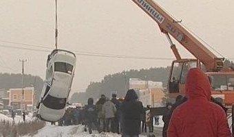 По вине пьяного водителя в реке Исеть утонул пассажир автомобиля