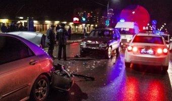 В Кингисеппе полицейский протаранил машину с беременной женщиной