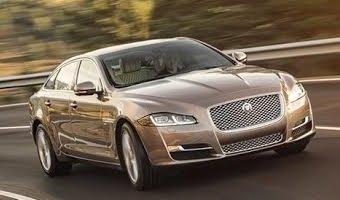 В России начались продажи обновленного представительского седана Jaguar XJ