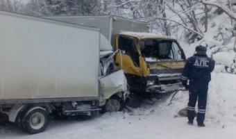 На трассе Южно-Сахалинск – Холмск погиб водитель грузовика