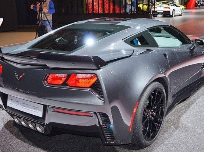 Chevrolet представили в Женеве спецверсию купе Corvette - Grand Sport 1.jpg