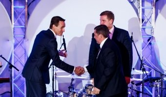 Руководитель сервиса «Фольксваген Центр Подольск» получил награду от «Фольксваген Груп РУС»