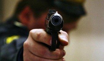 В Подмосковье полицейский застрелил водителя при попытке наезда