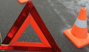 В Ленобласти в ДТП с грузовиком погибли два человека