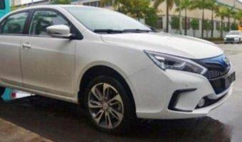 В Китае готовится к выходу новый электрокар BYD Qin EV300