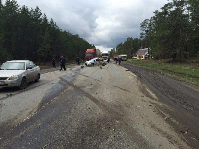 В страшном ДТП на трассе Курган – Омск погибли два человека (5).jpg