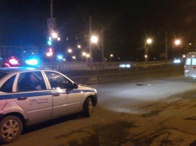 В Череповце в ДТП с мотоциклом 17-летняя девушка осталась без ноги (2).jpg