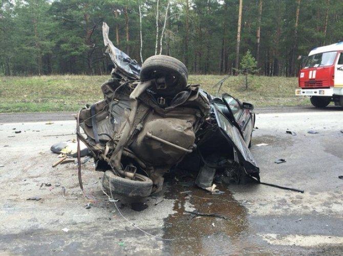 В страшном ДТП на трассе Курган – Омск погибли два человека (8).jpg