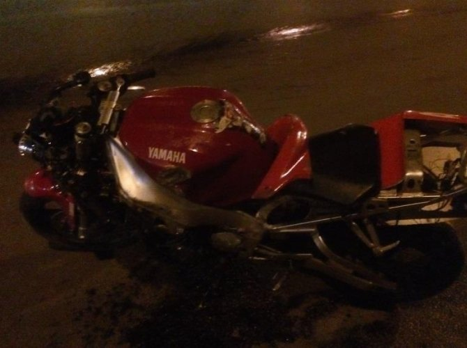 В Череповце в ДТП с мотоциклом 17-летняя девушка осталась без ноги (3).jpg