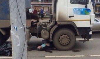 В Отрадном грузовик задавил человека