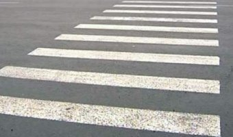 Автоледи в Волгограде сбила на «зебре» женщину с 10-месячным ребенком