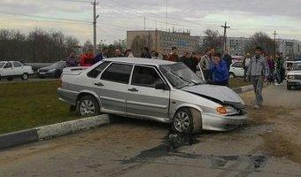 В Балакове водитель умер за рулем и устроил ДТП