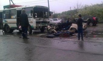 Появились фото и видео с места ДТП в Лисках, где при столкновении с автобусом погиб водитель ВАЗ-2105