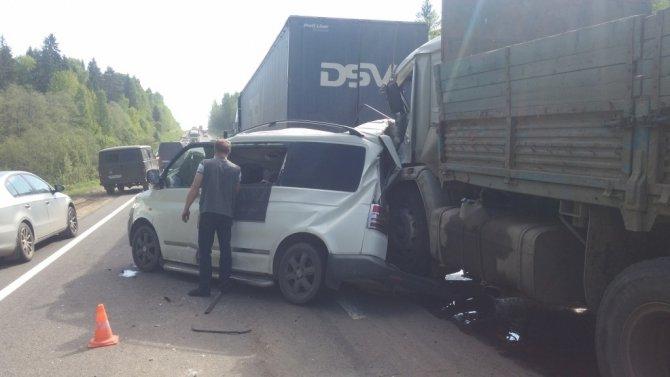 На трассе «Вологда - Новая Ладога» в массовом ДТП погибла женщина (1).jpg