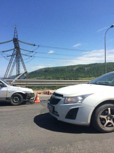 В ДТП на плотине Жигулевской ГЭС погиб мотоциклист (1).jpg