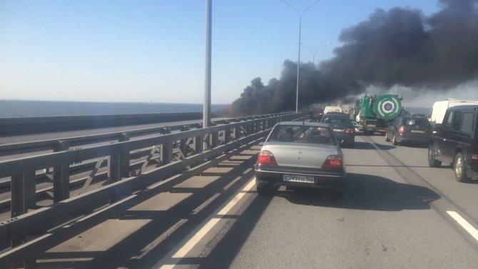 На КАД у Кронштадта выгорел BMW (1).jpg