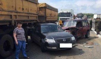 Под Ростовом DAF без тормозов протаранил 13 автомобилей