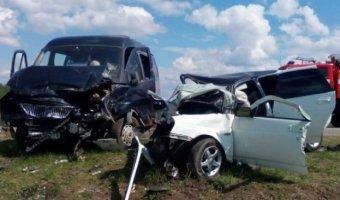 В Ульяновской области в лобовом ДТП погибли три человека