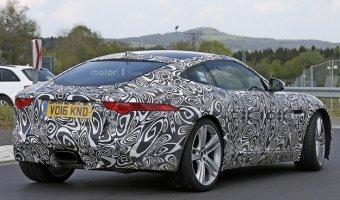 Jaguar испытывает F-Type с «турбочетверкой»в Германии