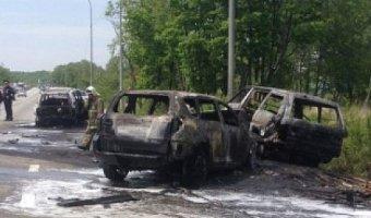 В Приморье в ДТП сгорели три «Тойоты»: есть погибшие
