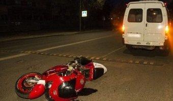В Кингисеппе мотоциклист пешком сбежал с места ДТП
