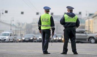 В Ленобласти пьяный водитель пытался задавтить инспектора ГИБДД
