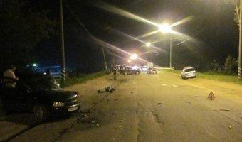 В Вязьме в тройном ДТП погиб водитель Opel Vectra