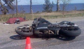 В Лебяжьем разбился мотоциклист