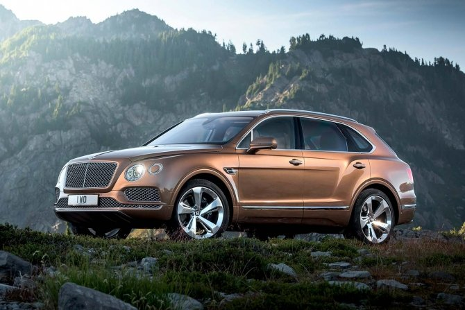 Bentley Bentayga (4).jpg