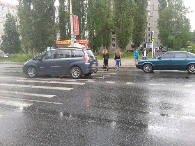 В Курчатове в ДТП пострадали две женщины (2).jpg