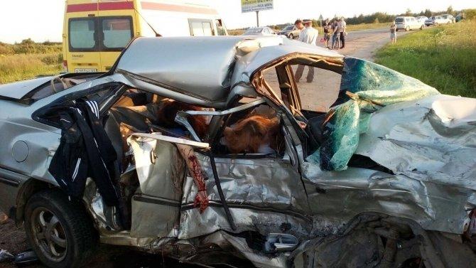 В ДТП под Тверью погибли четыре человека (3).jpg