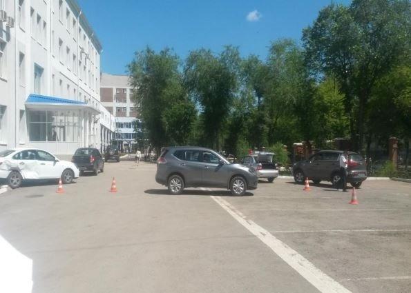 В Новокуйбышевске медсестра без прав сбила насмерть коллегу на парковке (2).jpg
