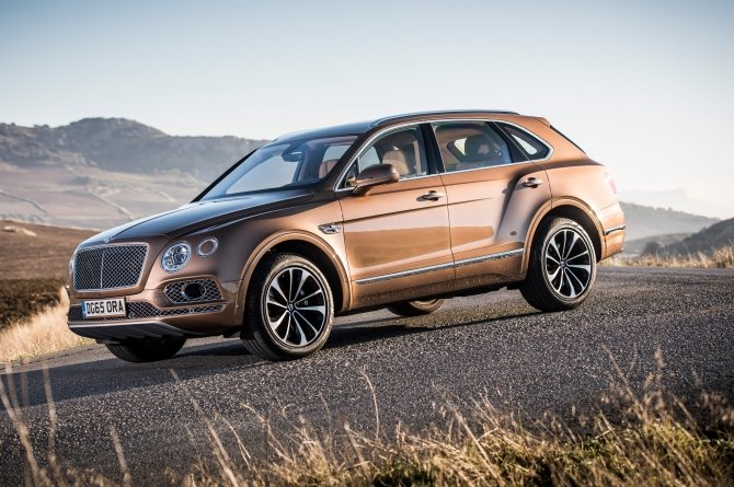 Bentley Bentayga (3).jpg