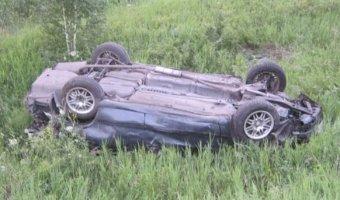 На трассе «Омск – Тара» погиб пассажир опрокинувшегося автомобиля