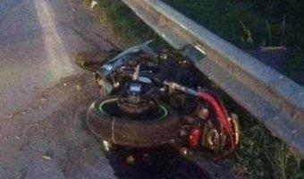 Под Батайском под колесами грузовика погиб мотоциклист