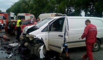 В ДТП под Киевом погибли беременная женщина и 4-летний ребенок